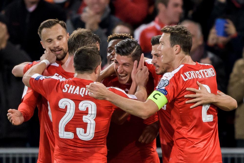 Suíça bate Hungria por 5-2 e chega à última jornada só com vitórias. #WCQ https://t.co/df2PlIppmW