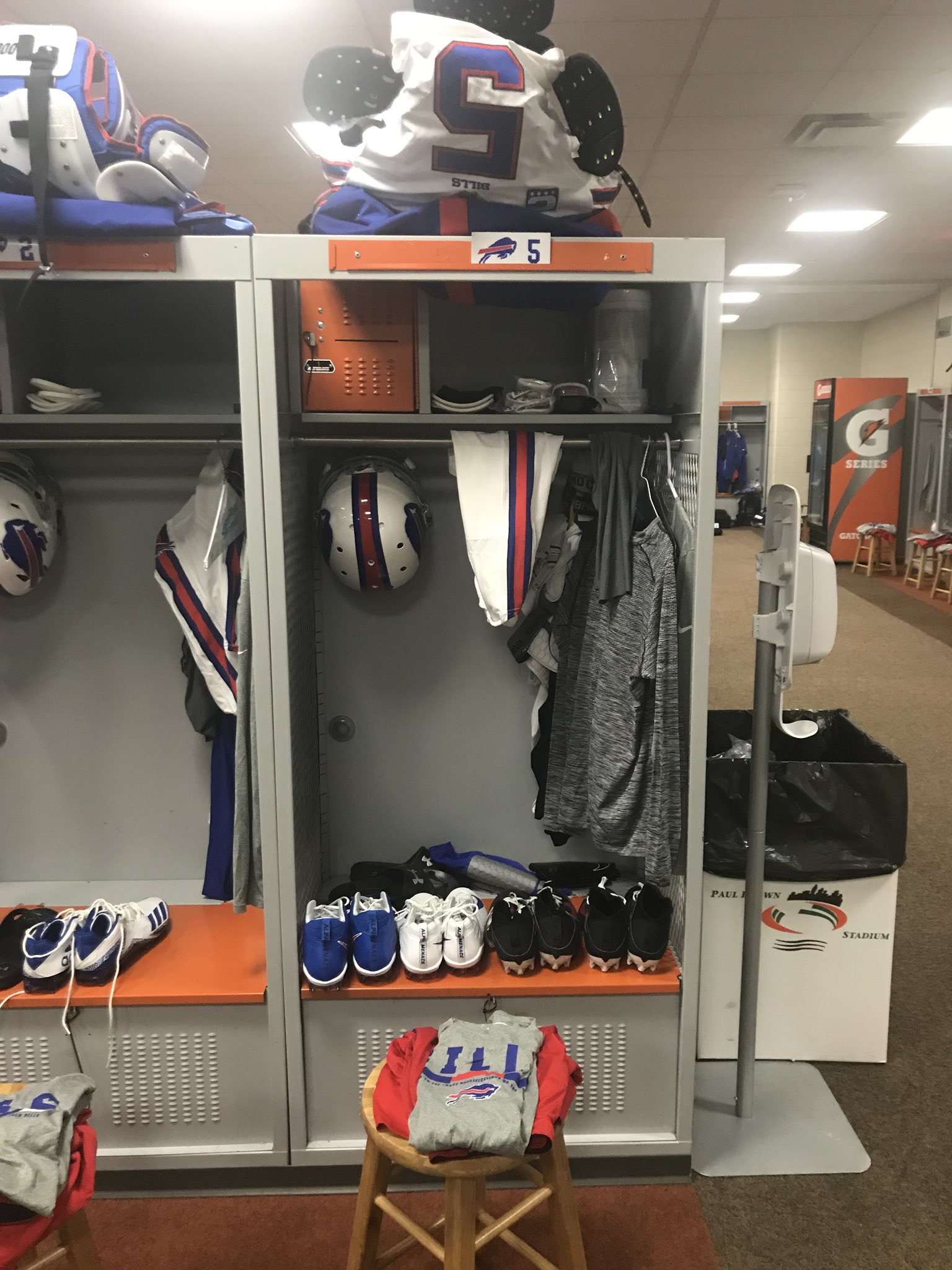 White jerseys and white pants tomorrow in Cincy Go #Bills https://t.co/a4wXSIinkj