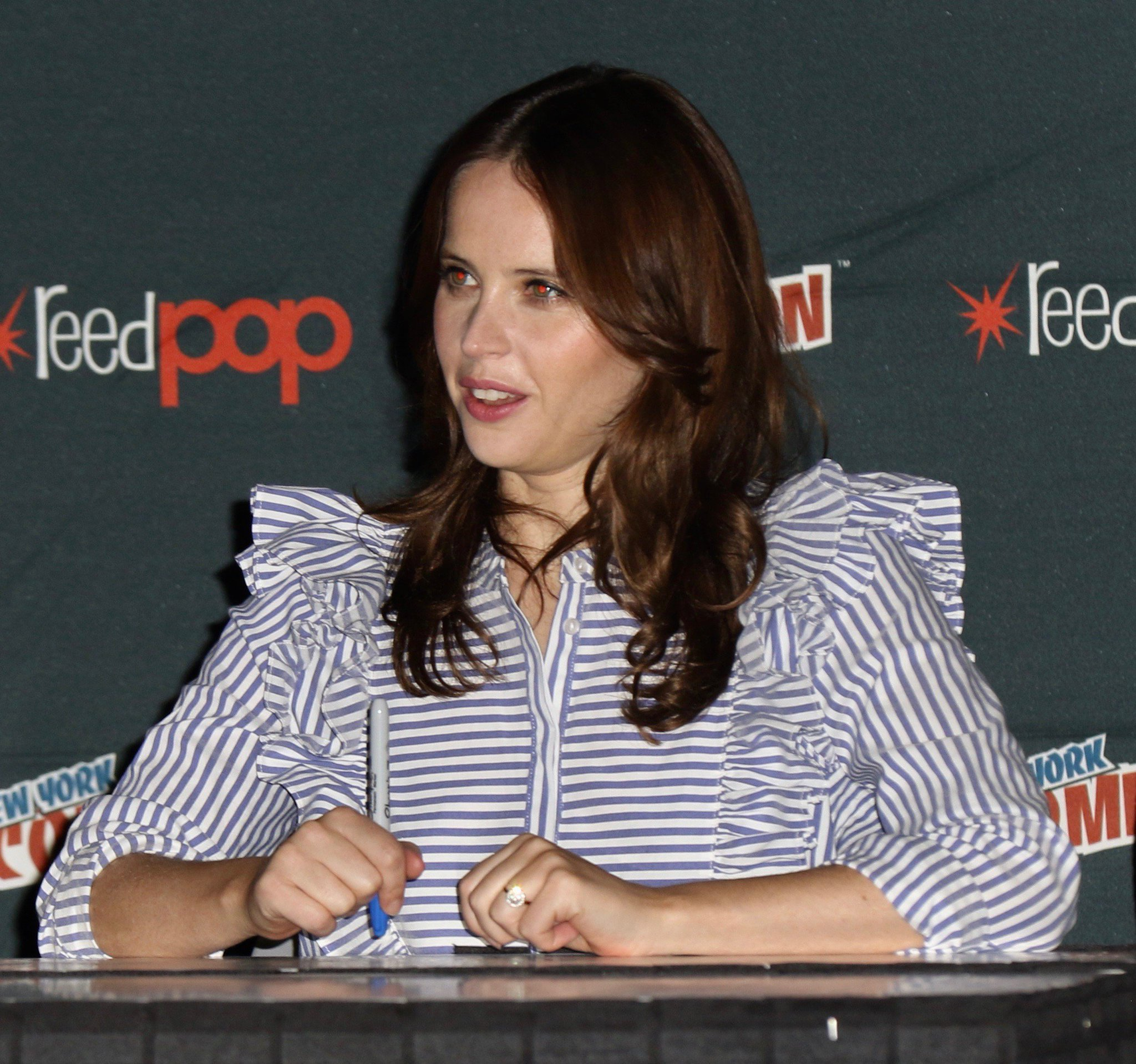 October 6 - New York Comic Con. https://t.co/SWPadCHg5B #FelicityJones #NYCC2017 https://t.co/ScLWoEKr8n