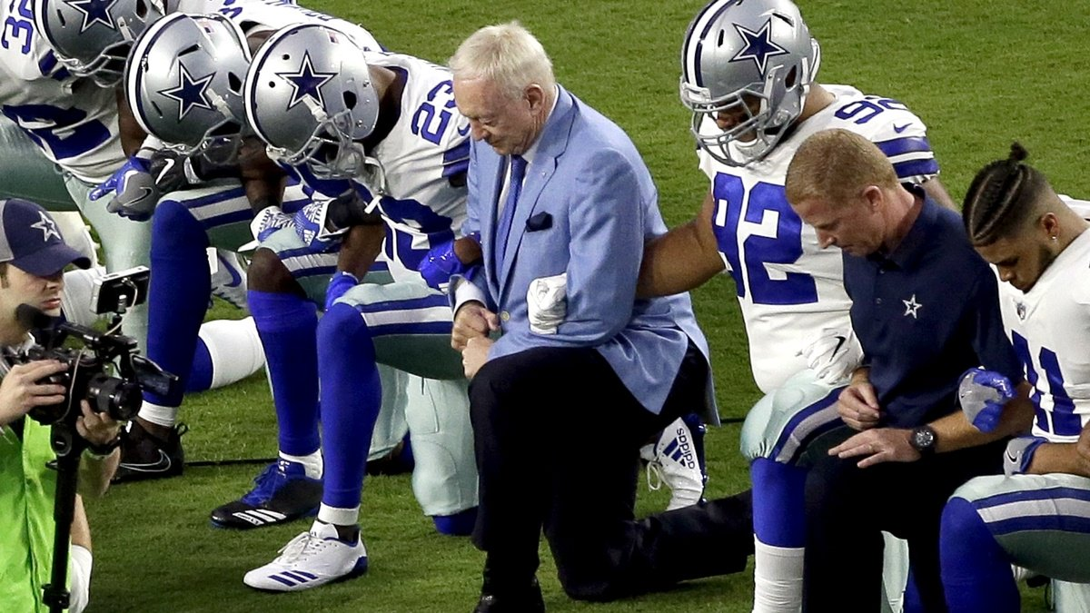 NFL can't tolerate players disrespecting flag, says Dallas Cowboys owner
