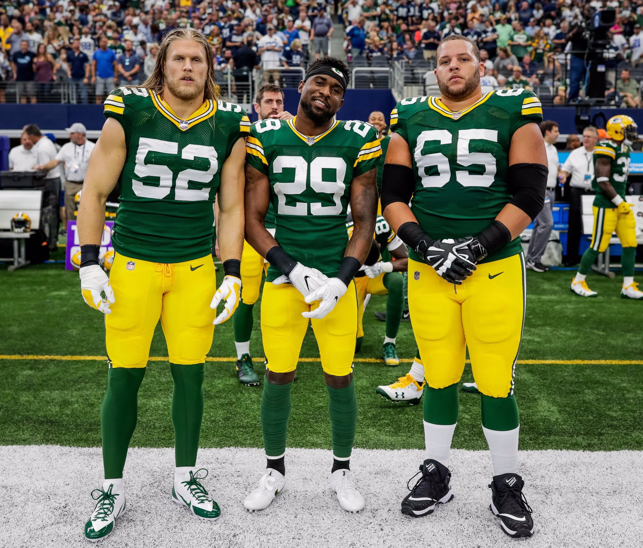 Sunday's #Packers captains photo ��  #GBvsDAL #GoPackGo https://t.co/YzrZQL0znN