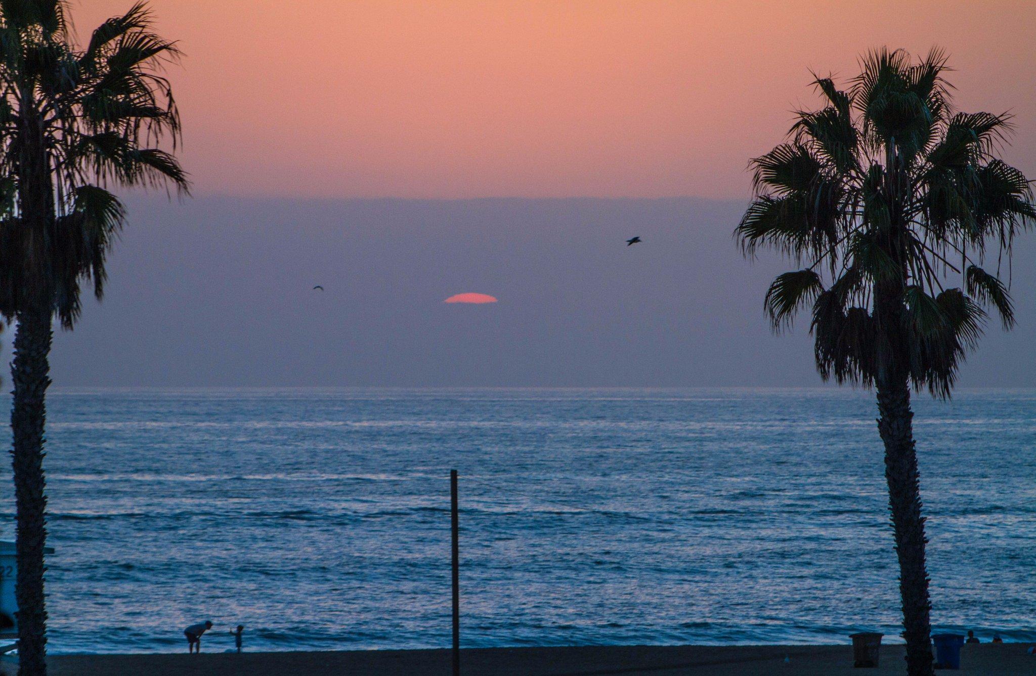 Weekend #sunset https://t.co/xN8RW4ULCU