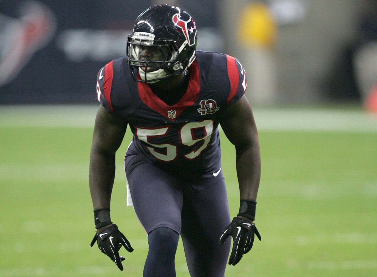 Texans' Whitney Mercilus out for the season with torn pectoral, per @McClain_on_NFL https://t.co/QyG41a8saO
