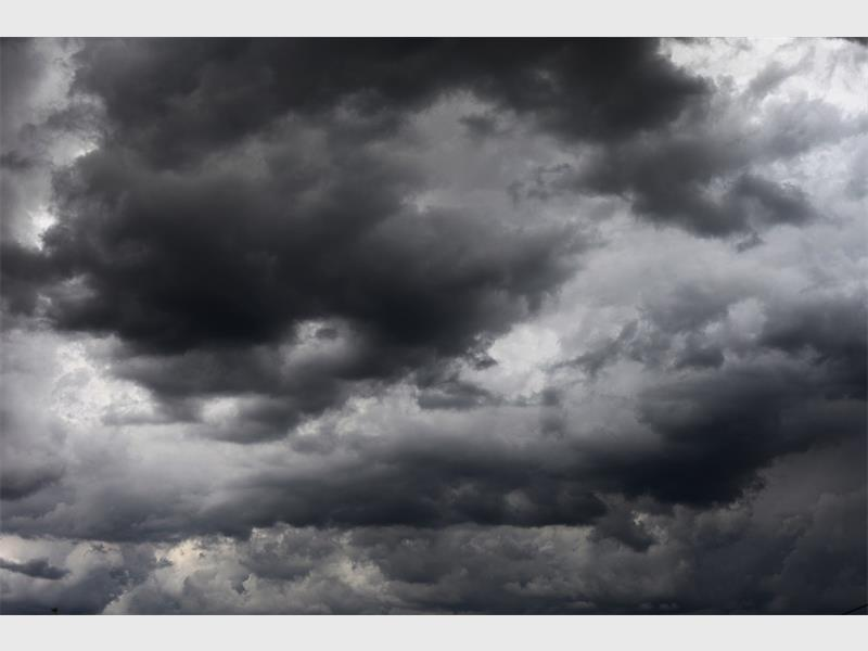 WARNING! Heavy storm expected today. Read here: https://t.co/wJvE2WVPN4 @RHeraldJourno https://t.co/BE5coSoN7s