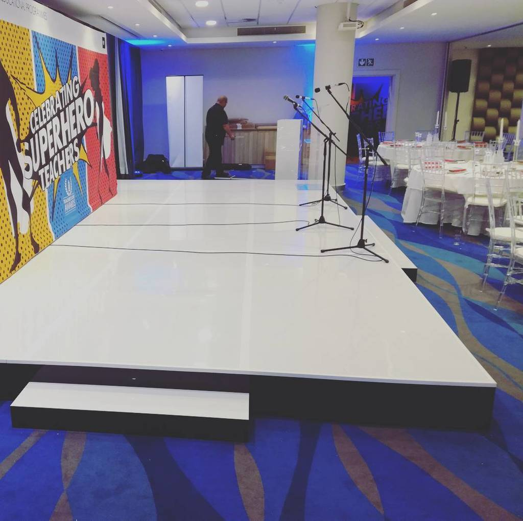 test Twitter Media - Sight and Sound Cape Town providing a modern two tone high gloss white stage. https://t.co/8yy76z3jFg