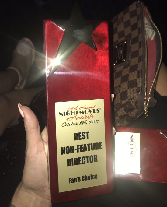 Thanks @nightmovesshow for the Best Director award!  Thx to the fans and @KissaSins for accepting 👍🏻