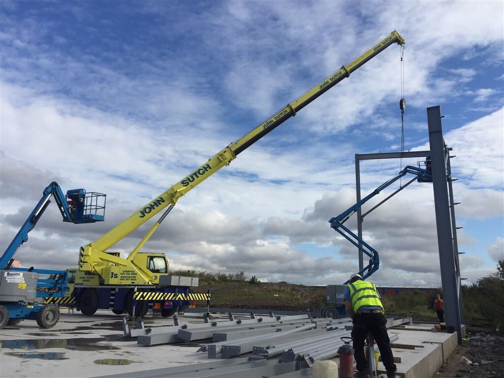 test Twitter Media - First steels are being installed at the Speke job. https://t.co/axJnaj3WbX