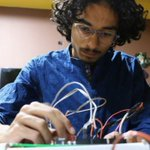 Electric honeycomb: Pakistani teen in scientific first