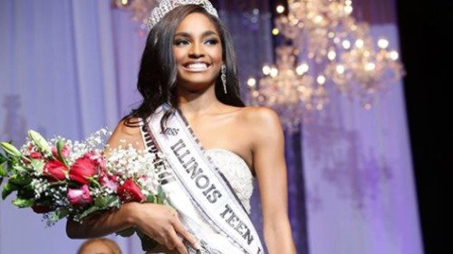 RT @blackvoices: 16-year-old crowned as the first black miss Illinois teen USA in history https://t.co/VKkiIF9R7d https://t.co/OimNvx7tzk
