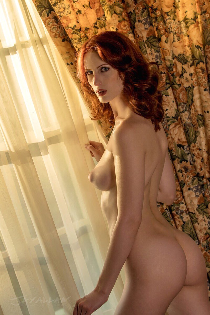 Photo by #puffynipples #redhair #redhead #redheadmonday #oldschoolhollywood