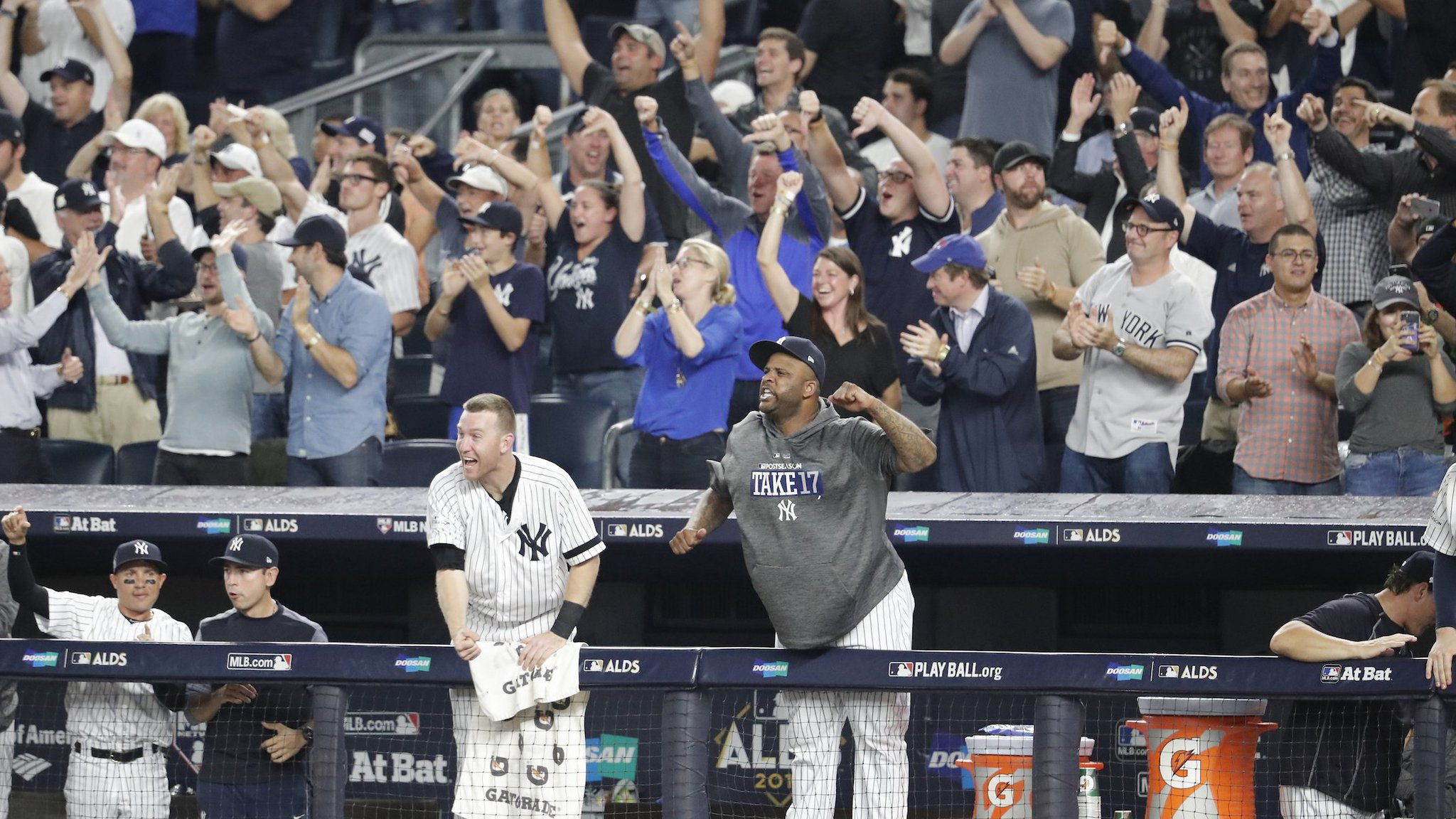 7-3 game heading to the 7th. Keep bringing the energy Yankees fans, we hear you! LET'S GO!  #PinstripePride https://t.co/yCIDgV3kwH