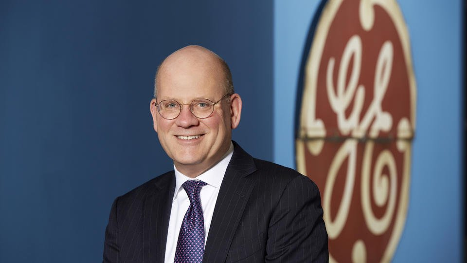 GE shares sink to 2-year low