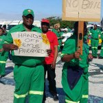 Paramedics robbed in Johannesburg while helping patient