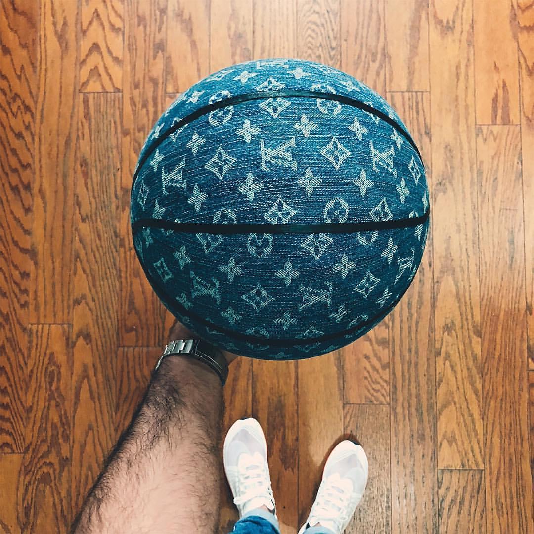 #hypeAF: Play ball.  Photo: francky.b (IG) https://t.co/7j9BuMBahq