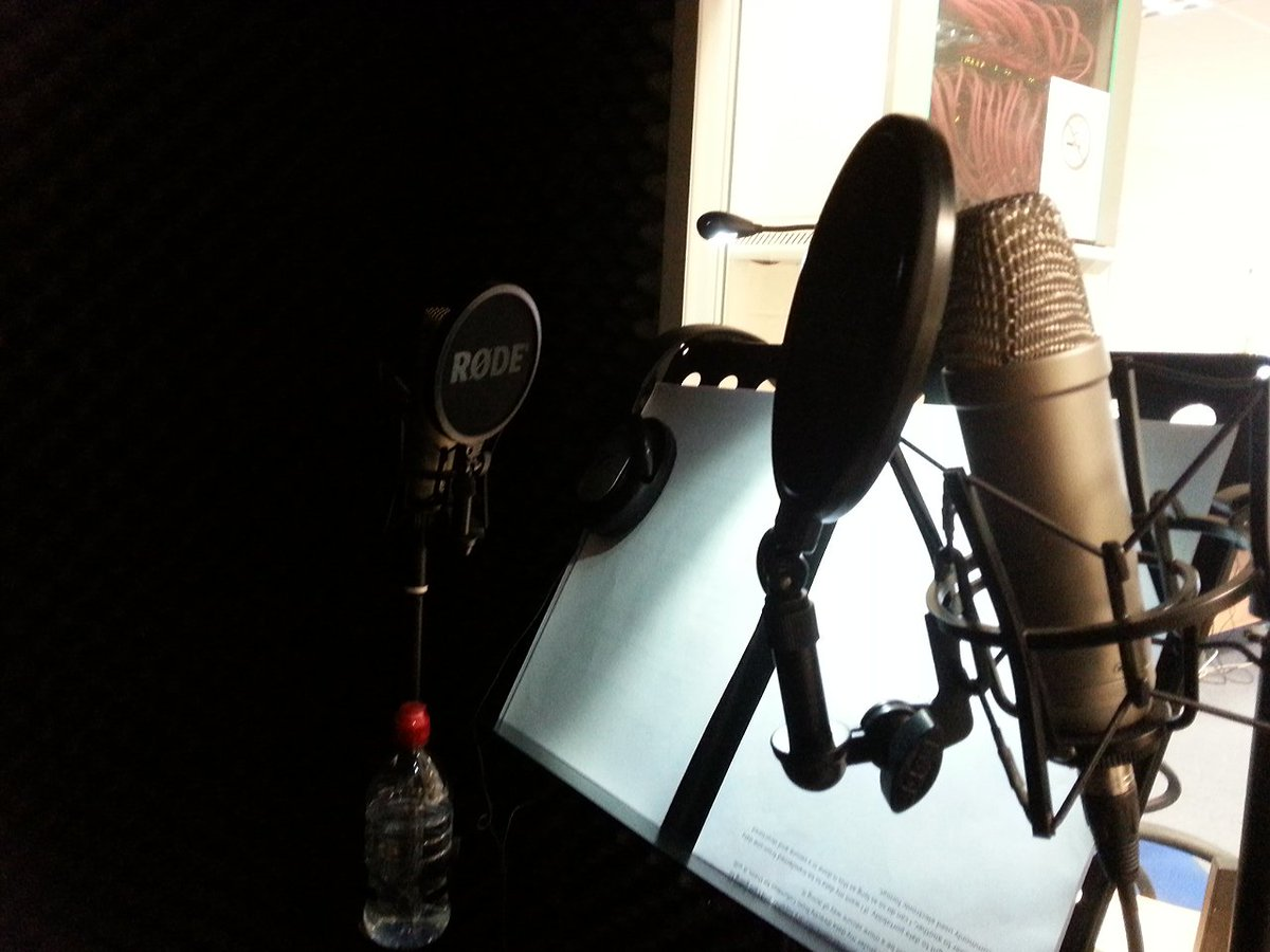 This morning's office.  #actor #actorslife #voiceover #elearning #audio #recording #recording #voice https://t.co/p6Cf5toKLN