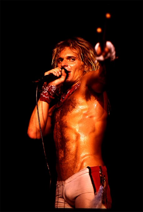 A very happy birthday to the one & only Diamond David Lee Roth!!!