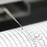Powerful earthquake hits northern Chile near border of Peru