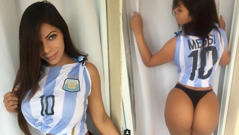 RT @ECUAGOL: (FOTO) Miss BumBum vuelve darle todo su 'apoyo' a Messi  https://t.co/cu8IUNhrU0 https://t.co/sx2S4ayTxm