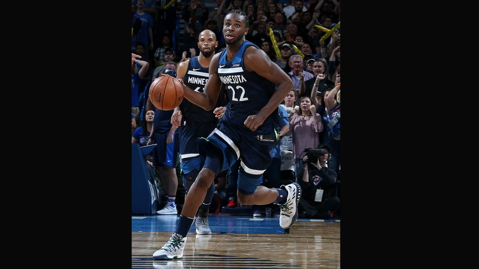 Wiggins' Buzzer Beater Leads Timberwolves Past Thunder, 115-113 https://t.co/6a4RkmiLWN https://t.co/7DVrfjPonT