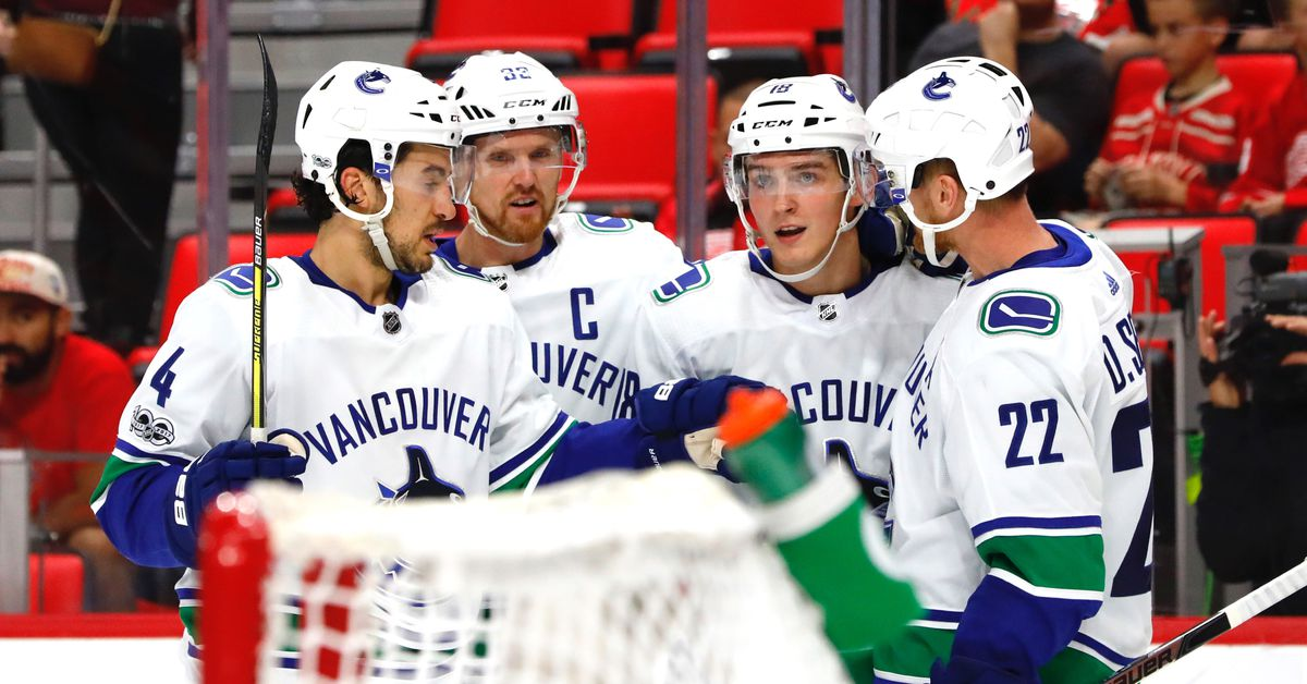 Red Wings Pounded by Canucks, Lose Fourth in a Row https://t.co/xcZXhknLNP https://t.co/yvX2W3e1Yx