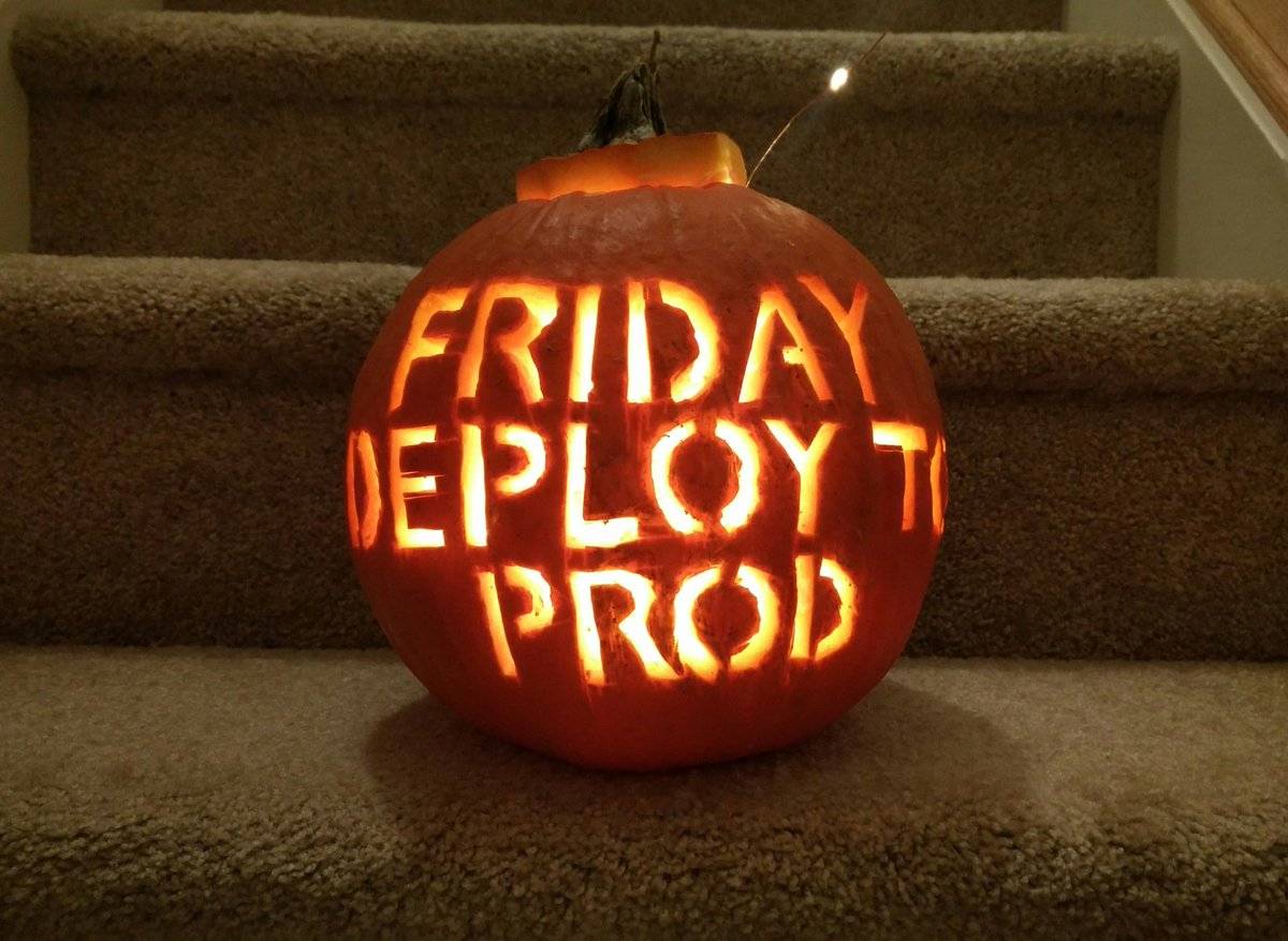 The scariest pumpkin for developers ��  via: https://t.co/zevYRPtac6 https://t.co/onyDcIuIBD