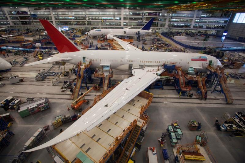 Boeing, Mitsubishi Heavy in deal to cut costs of 787 wing production