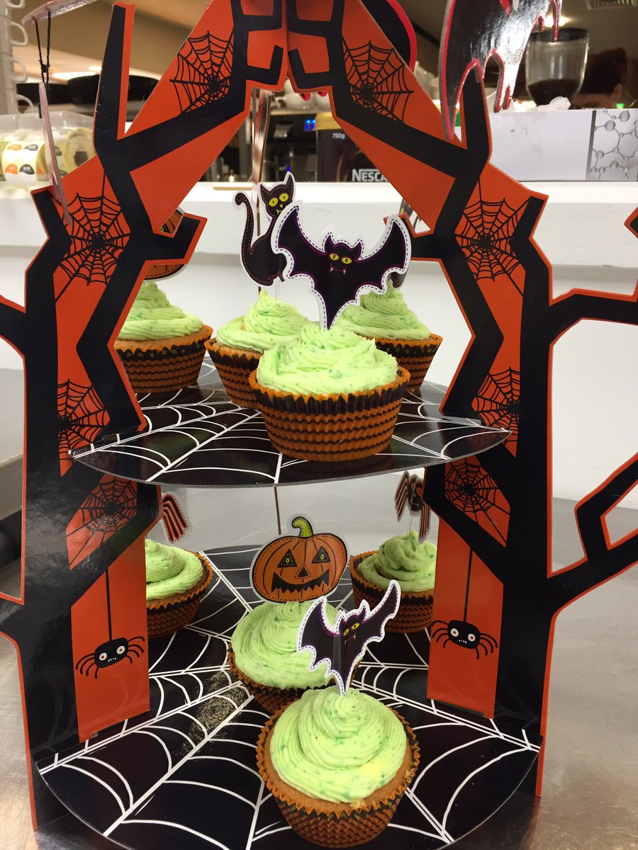 test Twitter Media - It's Halloween @JordansMill these gorgeous cakes are £2.00 #cakes #halloween https://t.co/MCMmq18ndq