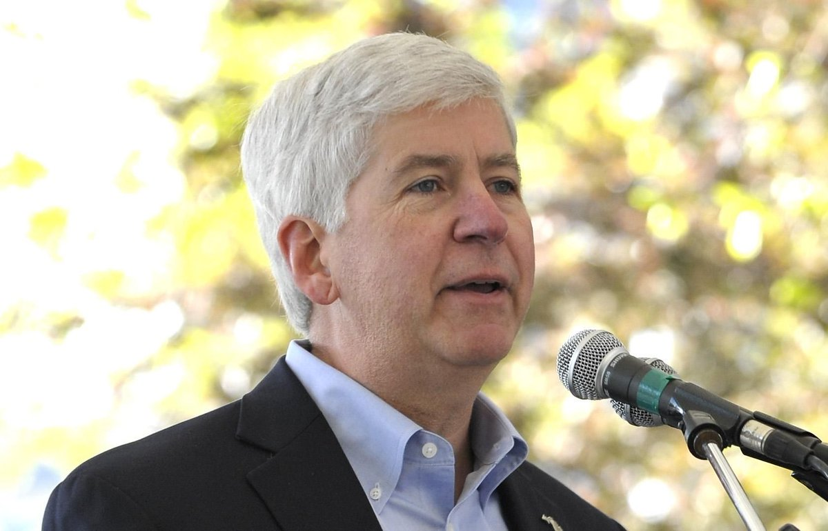 Snyder: 'Let's get something done' on Flint water pick