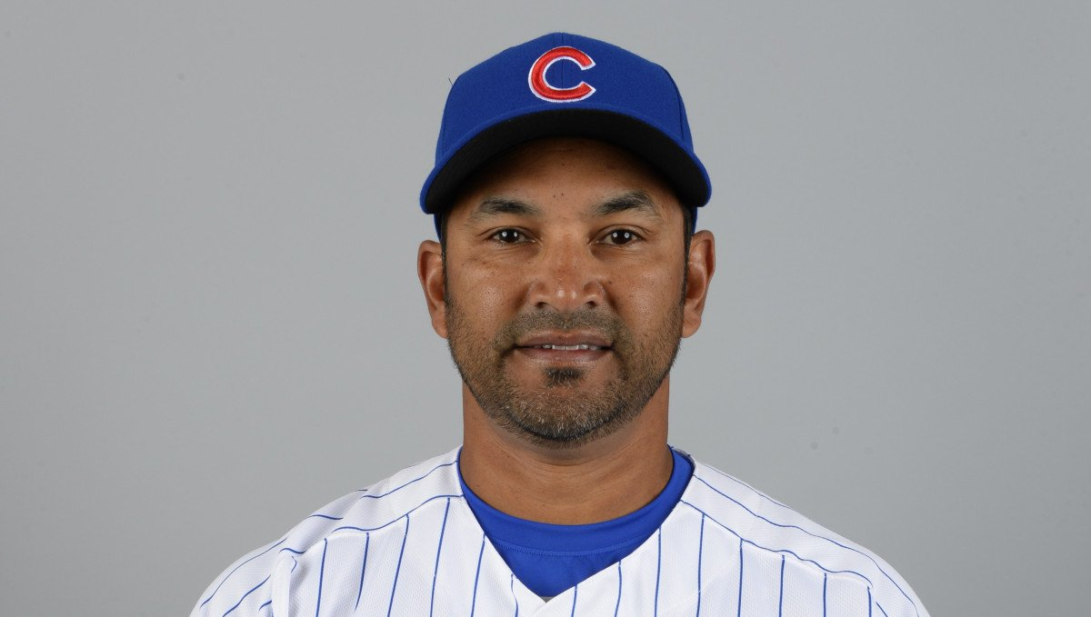 The Nationals will interview Cubs coach Dave Martinez for their managerial opening https://t.co/AGNAVfDmJ5 https://t.co/yP9UXwJWtf