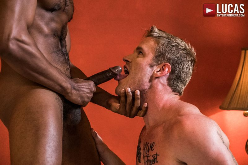 https://t.co/FhpLskpwXu @LucasEnt - @ShawnReeveXXX takes @SeanXavierXXX's massive cock up his ass. https://t.co/6Fm84ef1is