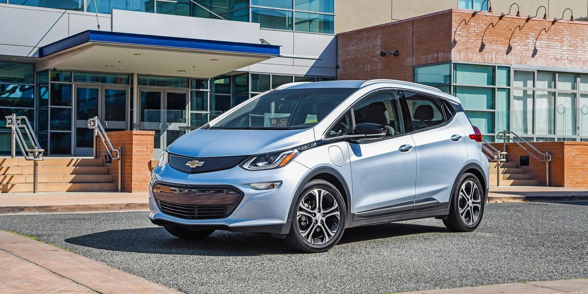 Carmakers hedge bets with electric vehicles