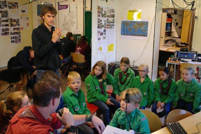 Scouting Polanen in contact met buitenlandse groepen tijdens JOTA-JOTI https://t.co/4dcBITcYBL https://t.co/u6rbBZe14l