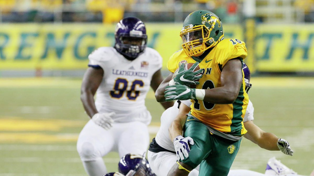 A staple of consistency: Bison ranked in top 25 for 100th straight week https://t.co/8yPbWQfYm2 https://t.co/iKUkSATtFj