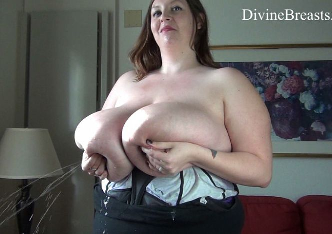 Mara #bigtits Squirting Milk see more at https://t.co/cC8oFHq7Wc https://t.co/k8FpZio7RQ
