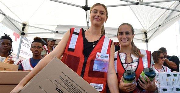 RT @TennisChannel: .@MariaSharapova and @MonicaAce93 lend a hand to Hurricane Maria victims: https://t.co/mPa4RPqwtf https://t.co/ikpiF1sXeg