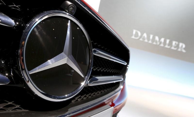 Mercedes-Benz, China JVs to recall 351,218 vehicles: watchdog https://t.co/ic75JDWw6U https://t.co/qrVom8uDmY