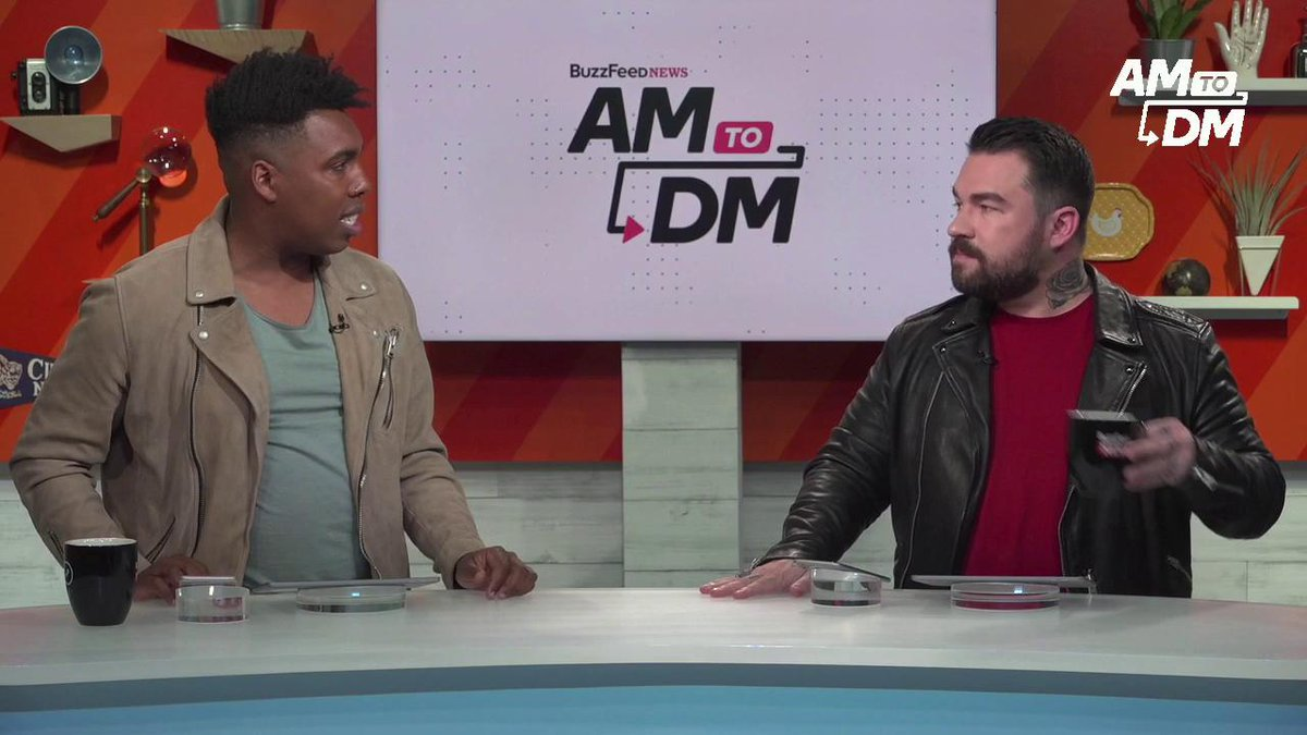 RT @BuzzFeedNews: Group texts have the power to bring honesty and safety into your life #AM2DM https://t.co/ofU9UVqgPK