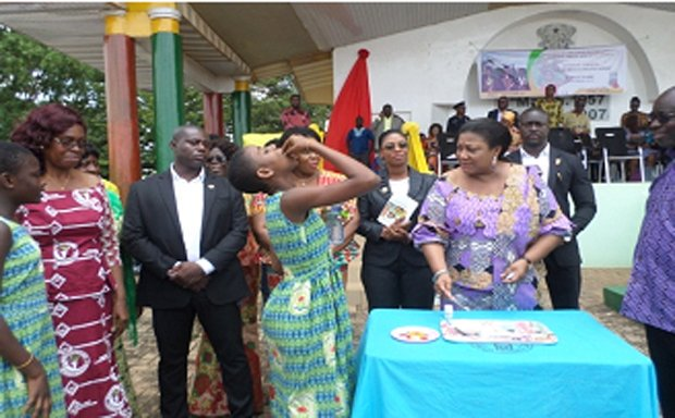 First Lady Launches Folic Acid Campaign