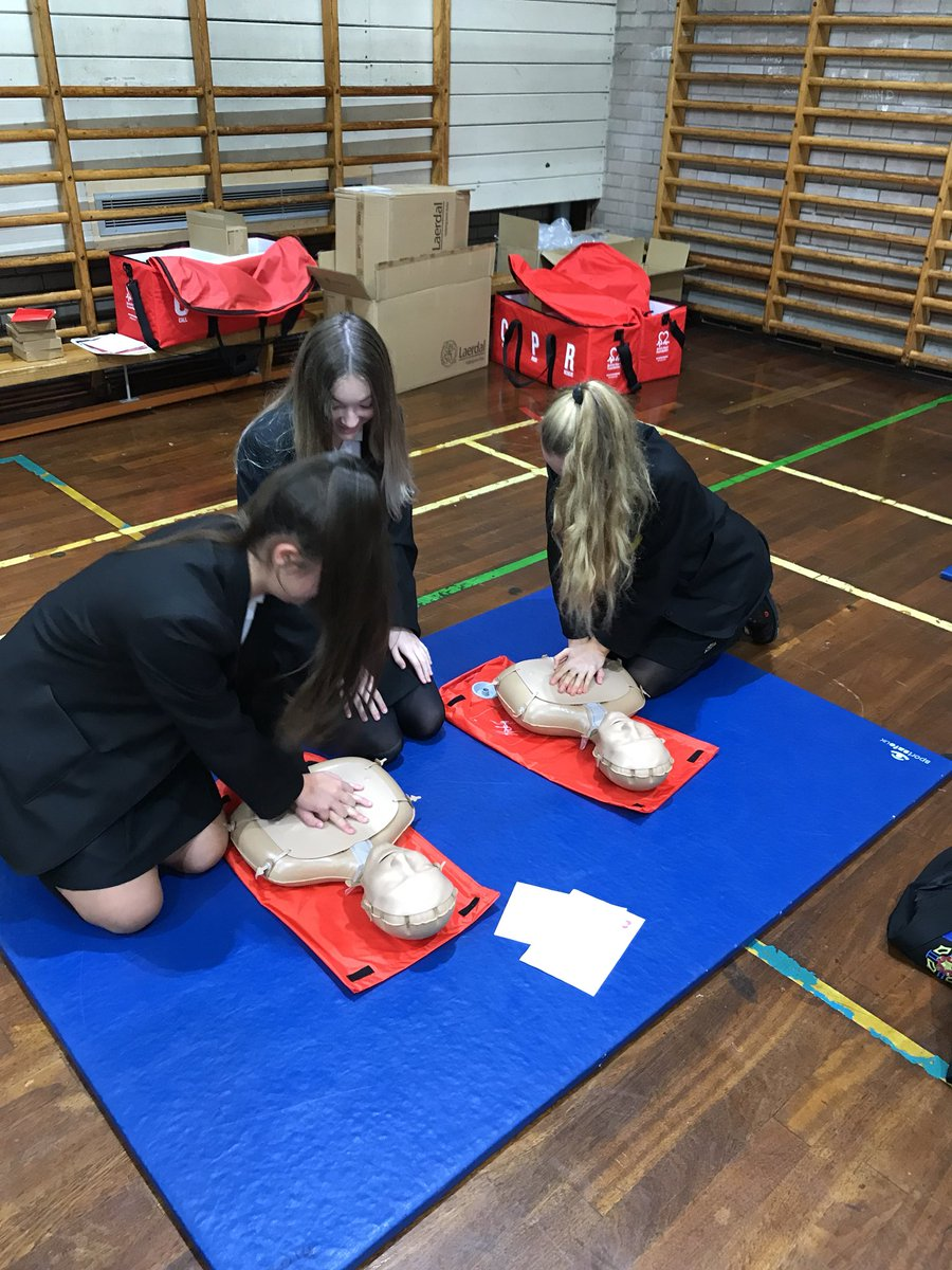 test Twitter Media - Year 9 CPR training well underway led by the British Heart Foundation! Dummies were also donated by BHF #RestartAHeartDay https://t.co/BvwB3idWgs