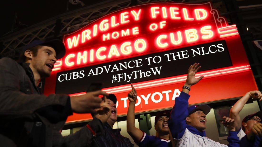 Grimaces, prayers, then shouts of joy: What Cubs NLDS win looked like in Wrigleyville https://t.co/XGdJHAwDgp https://t.co/pDjWfDq0E4