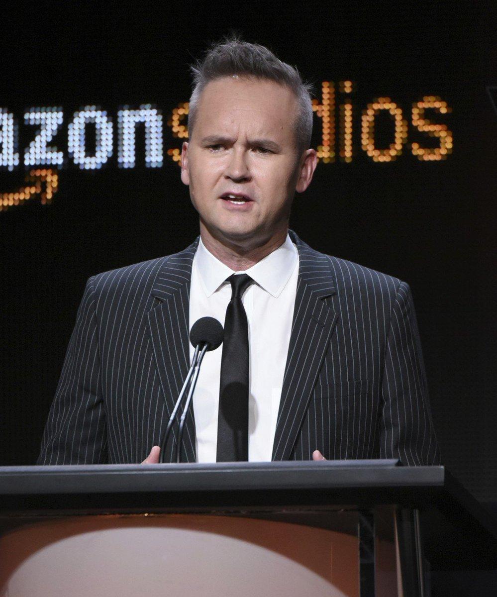 Filmes Diretor. Foto do site da O Buxixo que mostra Amazon suspende diretor do departamento de filmes após denúncia de assédio sexual