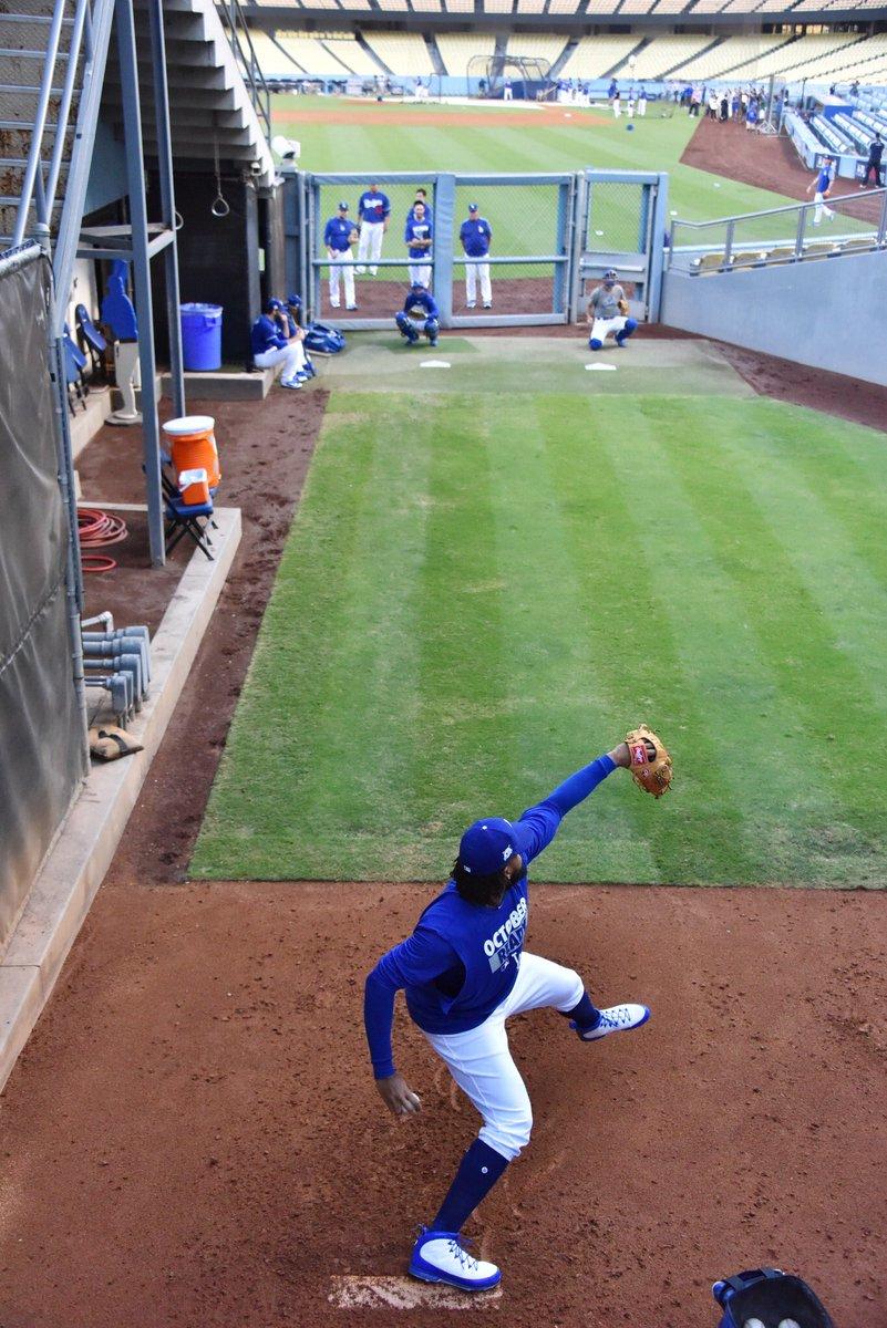 #FridayFeeling work hard. ⚾️👟 @Jumpman23 #ThisTeam @Dodgers @MLB