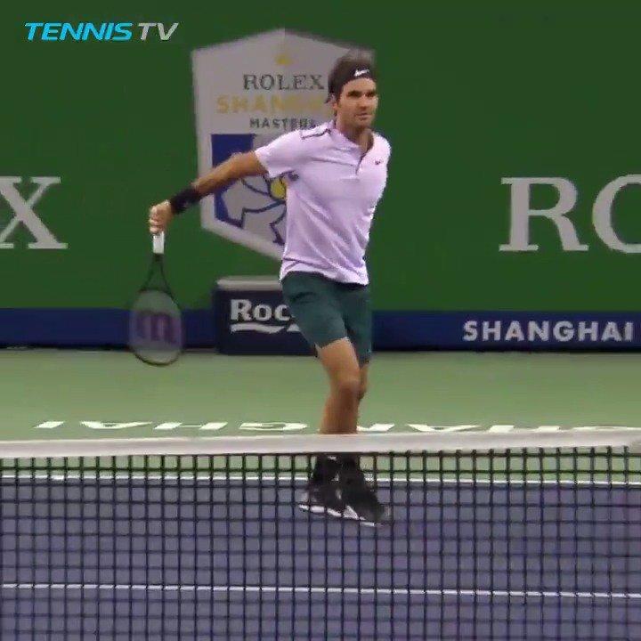 RT @TennisTV: Richard Gasquet vs Roger Federer...  ...a match made for slo-mos 👌  #SHRolexMasters https://t.co/byP2IwMLcd