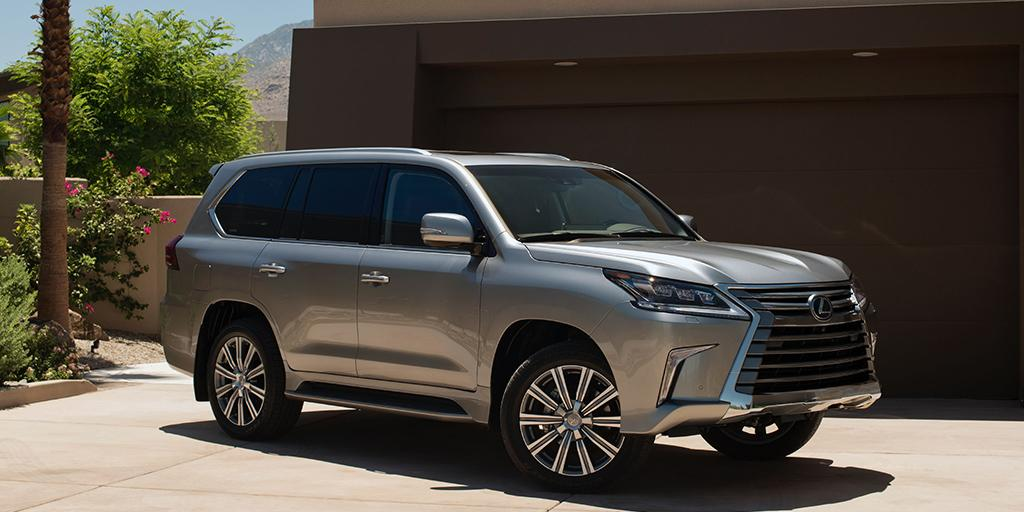 Guilty of making other SUVs feel inferior. #LexusLX https://t.co/pGdNX89Kq9 https://t.co/gZml82pIxi