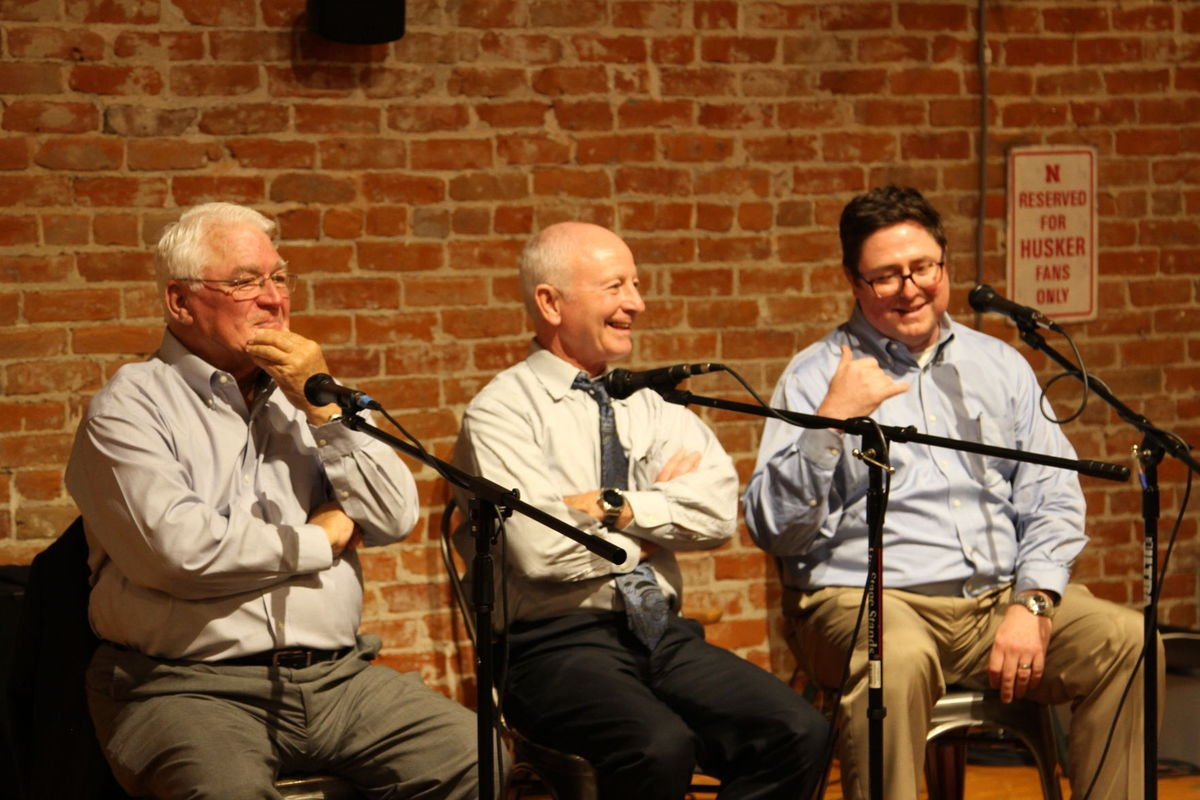 Over beers, former speakers share how they kept Legislature running