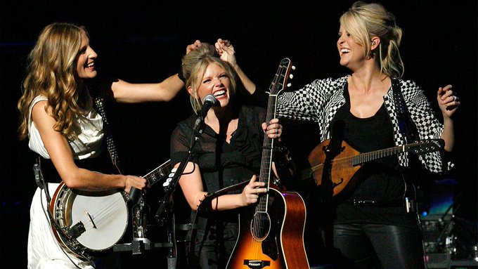 Happy Birthday to Natalie Maines(middle) who turns 43 today!