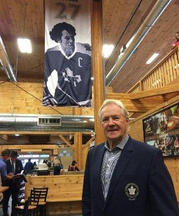 Leafs' legend Darryl Sittler honoured at St. Jacobs Farmers' Market