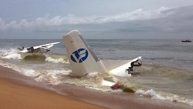 4 die as French army-chartered plane crashes off Ivory Coast
