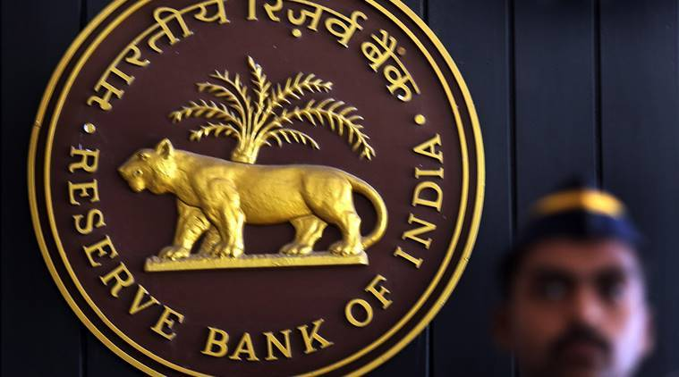 RBI refuses to share details on clean India mission logo on new currencynotes