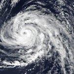 L'ouragan Ophelia file vers l'Irlande et épargnera finalement la Bretagne